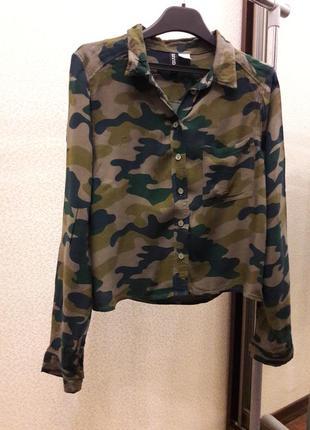 Укороченая рубашка кроп в стиле милитари камуфляж