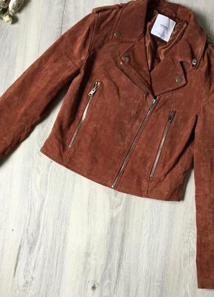 Фирменная замшевая куртка mango, размер xs новая без бирки