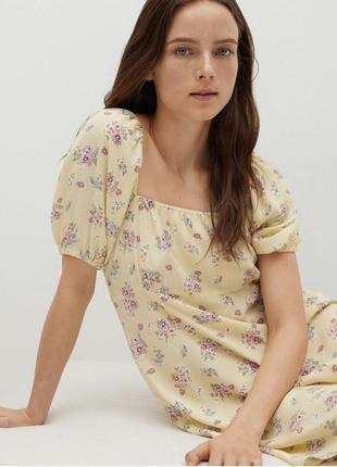 Платье сарафан в цветочный принт плечи спущенные открытые mango оригинал