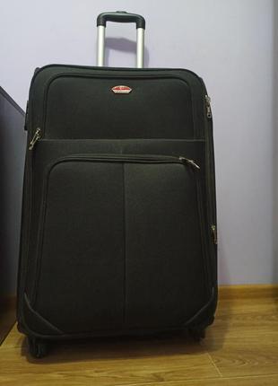 Дорожный чемодан / чемодан / чемодан на колесах / чемодан на четырёх колесах / сумка на колесах