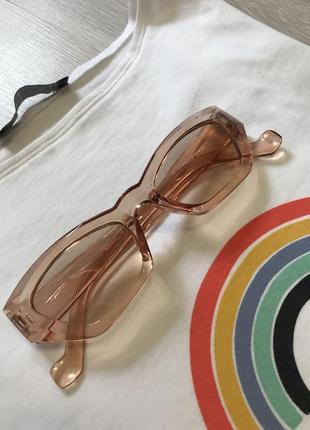 Базові літні окуляри прозорі коричневі для стилю / очки для стиля прозрачные яркие тренд лето 2021