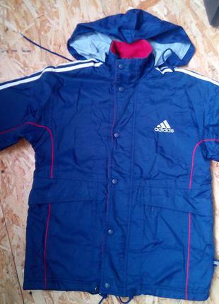 Фирменная куртка на подростка. adidas.оригинал.