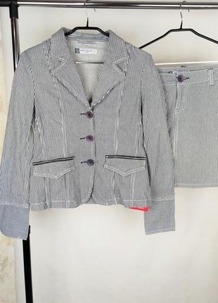 Красивый брендовый джинсовый костюм bien bleu этикетка
