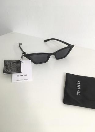 Трендовые солнцезащитные чёрные очки reserved винтажные кошачий глаз ретро 90е