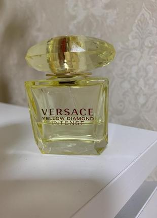 Versace yellow diamond1 фото
