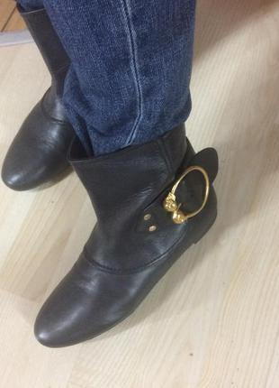 Ботинки mcqueen  оригинал