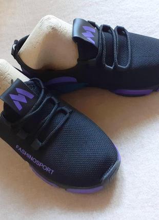 Лёгкие женские кроссовки2 фото