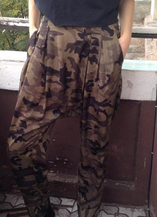 Штаны в милитари стиле комуфляж с матнёй