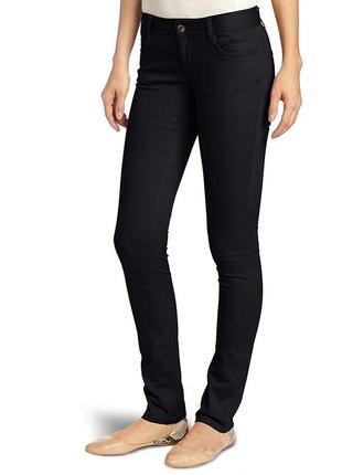 Черные джинсы скинни lee
