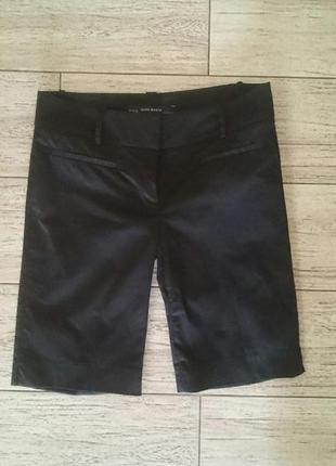 Модные удлиненные шорты zarа