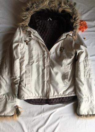Обнова демисезон куртка с мехом под анорак пыльник с меховым капюшоном бренд bay