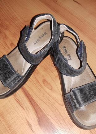 Босоножки сандалии кожаные детские