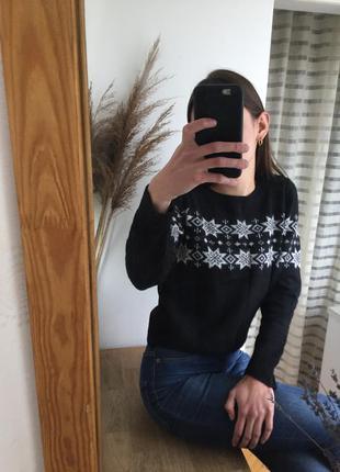 Тёплый , укороченый свитер h&m