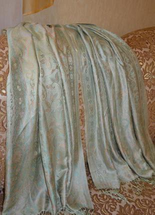 Очень красивый двусторонний шарф палантин в нежных пастельных тонах салатовый персиковый