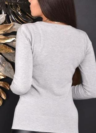 Стильный женский свитерок3 фото