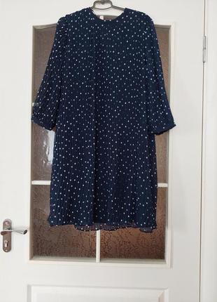 Платье р.12 плисировка