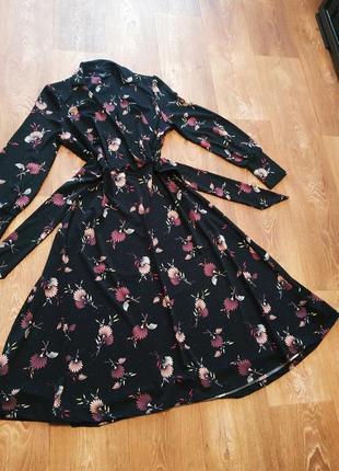 Красивое платье.1 фото
