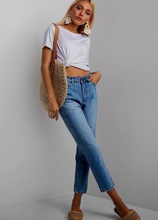 Легкие укороченные джинсы с потертостями размер 10-12 (м-l)
