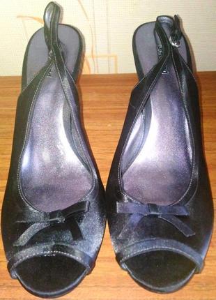 Фирменные босоножки чёрного цвета graceland на каблуке, 💯 оригинал, молниеносная отправка 🚀⚡