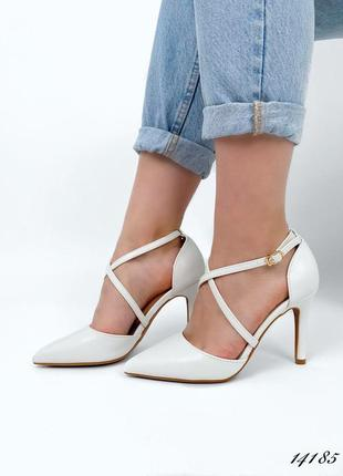 Рр 35-39. туфли белые