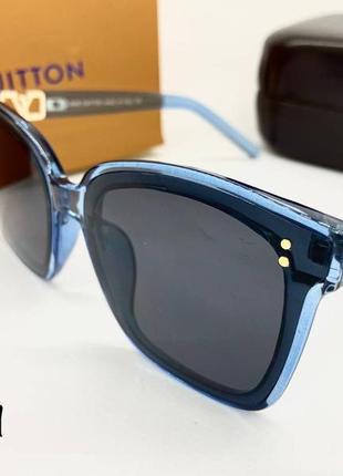 Louis vuitton очки женские солнцезащитные синие квадраты