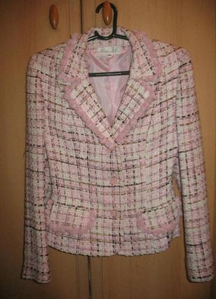 Костюм пиджак и юбка в хорошем состоянии