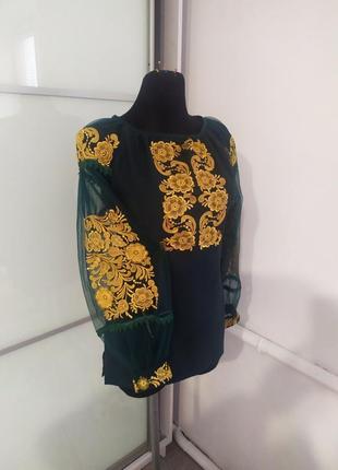 Блуза-вишиванка в стилі бохо.