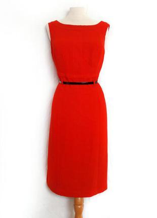 Красивое стильное красное платье футляр