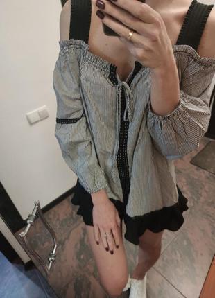Хлопковая блуза на плечи