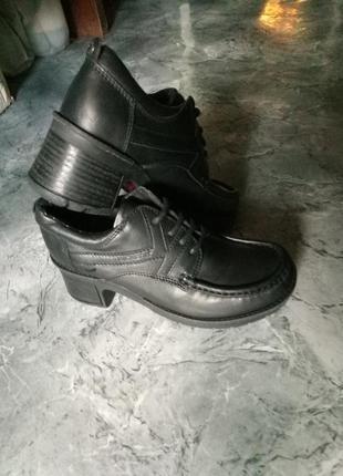 Ботинки kickers 38 р2