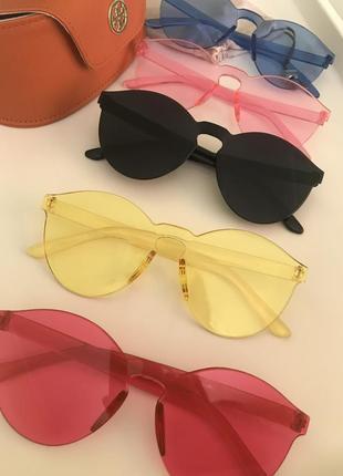 Модные желтые красные  черные розовые синие солнцезащитные очки без оправы