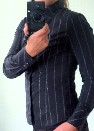 Чорна сорочка із меланжевою ниткою, handmade.