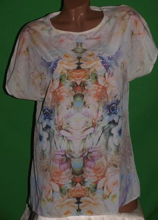 Лёгкая нежная блуза (м замеры) к телу приятная,  с узором, превосходно смотрится