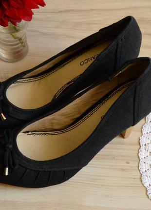 Туфлі на каблуку suiteblanco