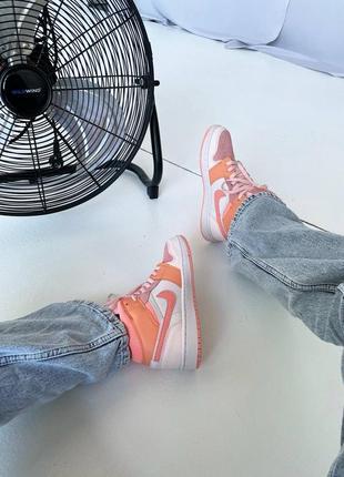Кроссовки найк женские джордан обувь взуття кеды nike air jordan high orange10 фото
