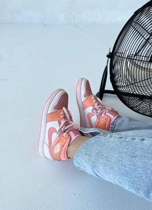 Кроссовки найк женские джордан обувь взуття кеды nike air jordan high orange6 фото