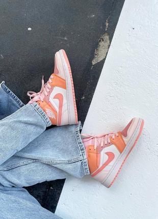 Кроссовки найк женские джордан обувь взуття кеды nike air jordan high orange7 фото