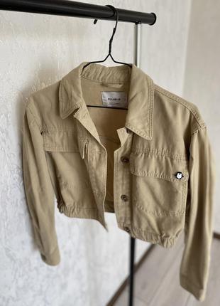 Бежева джинсовка, бежевая курточка
