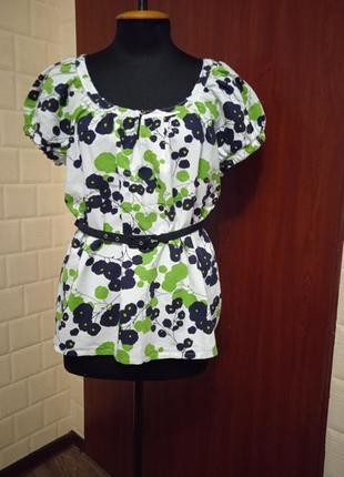Льняная блуза с поясом в принт mark&spencer.