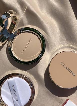 Пудра clarins matte compact