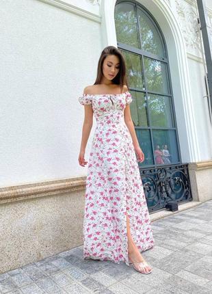 Вечернее платье макси в цветочный принт