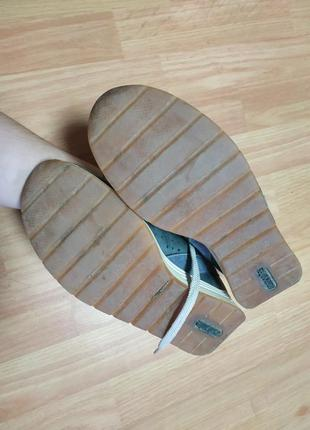 Шкіряні кросівки8 фото