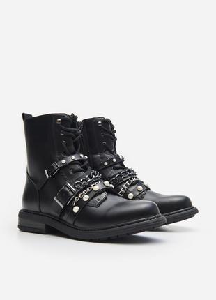 Ботинки черные черевики сапоги на шнуровке