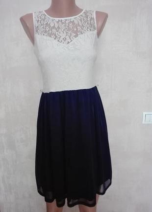 Красивое летнее платье с кружевным верхом