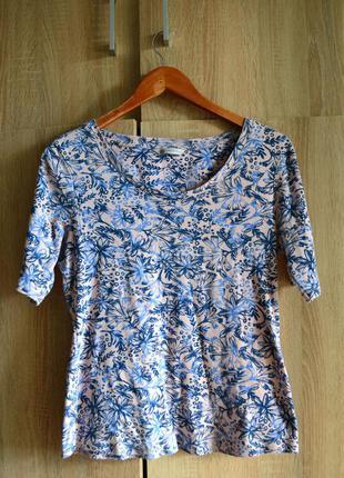 Пёстрая футболка в цветочный принт от m&s