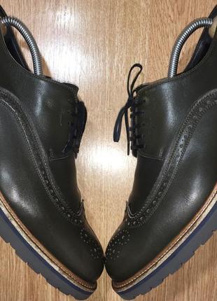 Стильные броги туфли salvatore ferragamo(оригинал)р.42-43