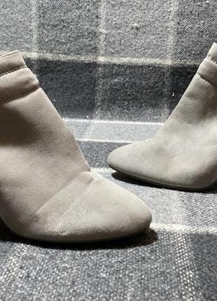 Женские туфли на среднем каблуке next ( некст 38рр идеал оригинал серые)