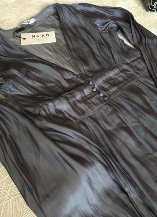 Платье с v-образным вырезом2 фото