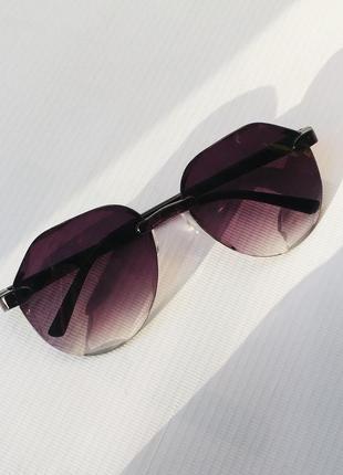 Солнцезащитные очки от солнца капли круглые с темными тёмными линзами стеклами стёклами без оправы авиаторы
