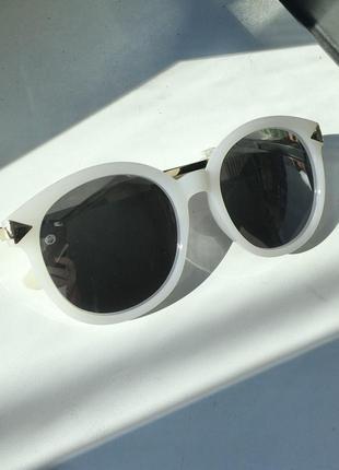 Солнцезащитные очки от солнца круглые зеркальные серебристые серебряные линзы стекла стёкла белые большие